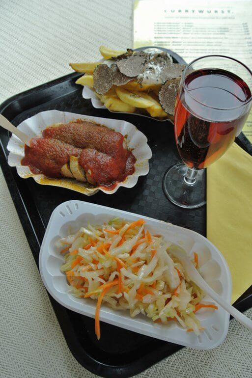 zander s currywurst berlin schnelles essen berlin. Black Bedroom Furniture Sets. Home Design Ideas