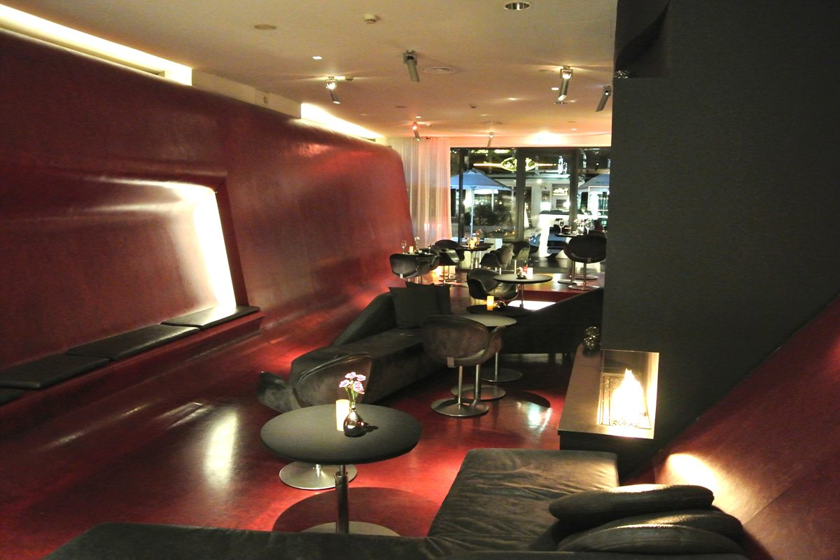 fox bar q hotel berlin drinks eventlocations eventlocations berlin deutschland. Black Bedroom Furniture Sets. Home Design Ideas